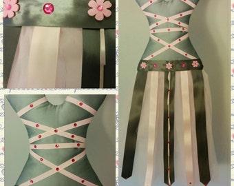 Bow holder ballerina inspired