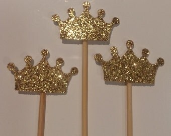 Sparkling crown cupcake toppers