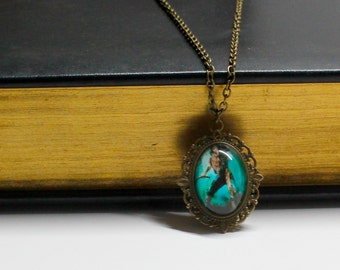 Shadowhunters:The Mortal Instruments Isabelle Lightwood Cameo Necklace/Bookmark/Necklace/Keychain/Bracelet/Cameo