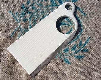 Snow-white cutting board