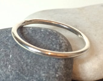 Silver stacking ring, classic round, simple thin band ring
