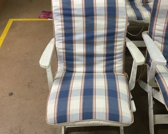 Set Of Six Grosfillex Adjustable Garden Chairs With Cushions