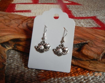 Silver-tone Curled-up Kitty Dangle Earrings