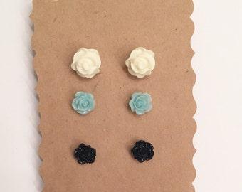 Ivory, black & light aqua flower earring set// earrings, stud earrings, flower earring set, gift, bridesmaid gift