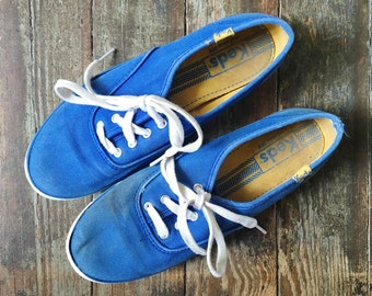 MOVING SALE Vintage 80s Keds Royal Blue + White Classic Fabric Canvas Lace Up Sneakers 6.5