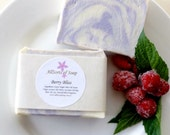 Raspberry Vanilla soap, Berry Bliss soap, Australian seller, Christmas gift, Raspberry & Vanilla Bar soap, bath and beauty, natural soap