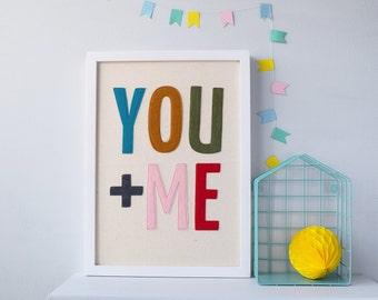 You + Me, œuvres d'art Textile, typographie en feutre, Art mural, art textile, citation, amour, cadeau romantique, décoration de mariage, cadeau Saint-Valentin, art de la citation