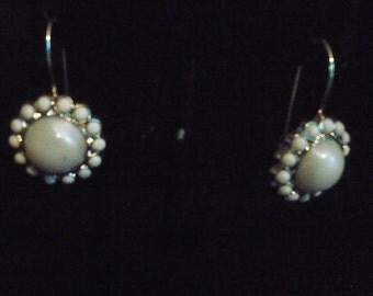 Queenly elegance earrings