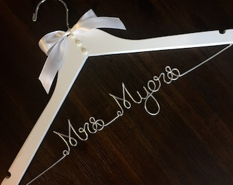 Personalized wedding dress hanger, bridal hanger, name hanger
