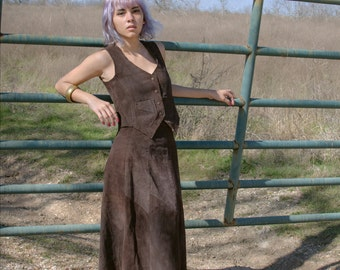 SALE - Vintage Dawn Fashions Suede Skirt