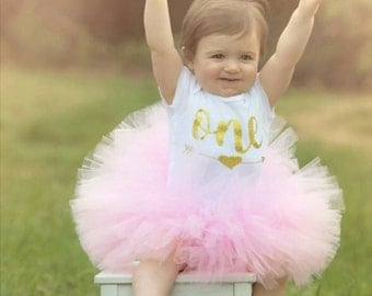 First Birthday Girl Outfit ~ Tutu Outfit ~ Baby Girl One ~ Girl Birthday Cake Smash ~ Baby Girl onesie ~ First Birthday Outfit Girl