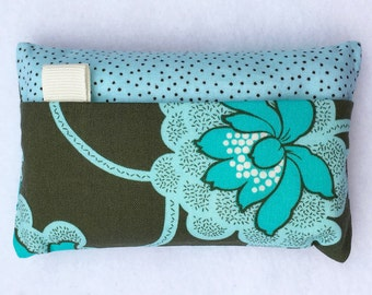 Tissue Holder  - Amy Butler Daisy Chain