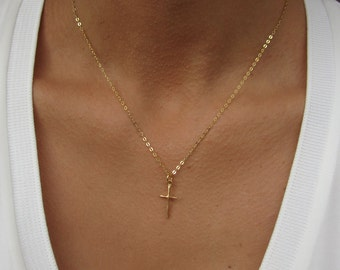 Gold Cross Necklace, Cross Jewelry, Best Friend Birthday Gift, Dainty Cross Necklace Woman, Gift for Her, Gold Cross Pendant, Cross Gifts