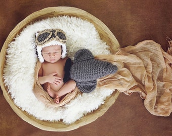 Newborn Aviator hat and airplane