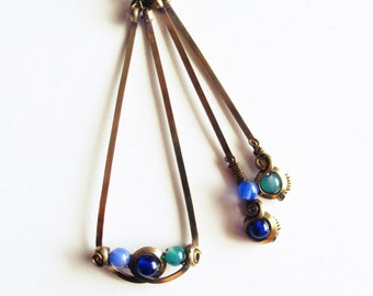 Asymmetrical earrings - triangle - blue camaieu - brass -.