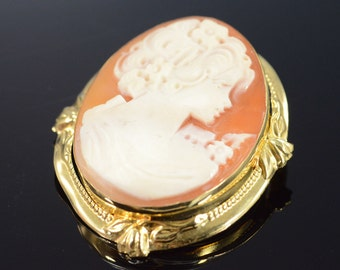 14K Fancy Bezel Carved Cameo Pendant/Pin Yellow Gold