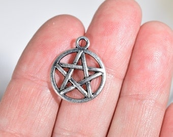 8 Pentagram charms | silver Wiccan charms | pentacle charms | Wiccan ceremonial charms | silver pentagram pendants | Wicca pendants | SC1233