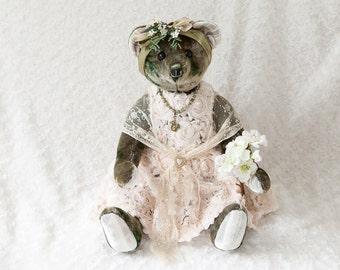 Bekkiebears OOAK artist bear Charlene antique mohair