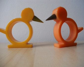 Pair Of 1930s Catalin Chick Napkin Rings