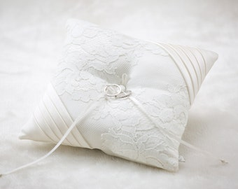 Heart Couture Laced Ring Pillow