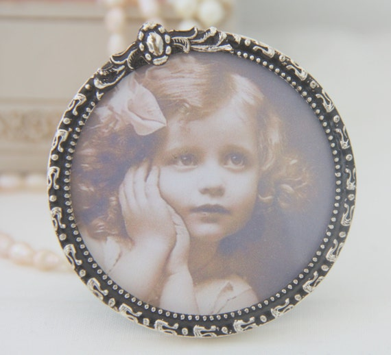 Small Vintage Round Silver Plated Photo Frame