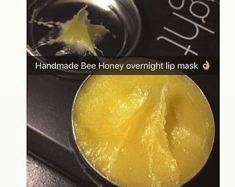 Overnight honey lip mask