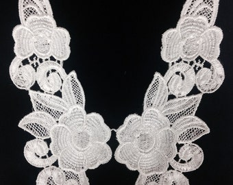 Venise Appliques Off white Lace Applique selling per pair