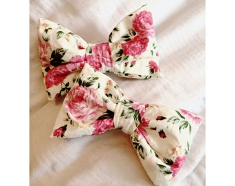 Cotton rose padded bow