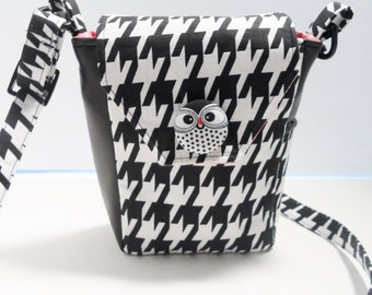 Small Crossbody Purse, Black and White Houndstooth Pattern with Owl Accents