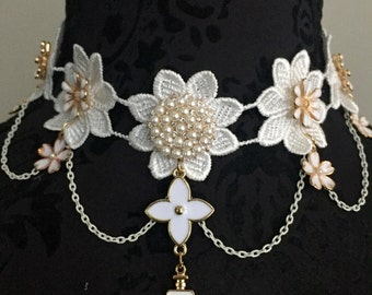 Beautiful statement handmade cream lace Victorian boho bead choker necklace bib necklace with dangle beads wedding summer holiday party
