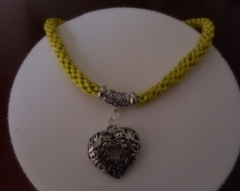 Lace hand-woven, veerde fabric necklaces, lemon, Colgane heart silver necklace with heart,