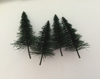 "Miniture Bottle Brush Tree, Green Bottle Brush Tree, 2.5"" Trees, 2"" Trees, 1.5"" Trees, Mini Trees, Railroad Display Trees"