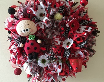 Ladybug Wreath, Crochet Ladybug, Spring, Summer Wreath, All Season Wreath, Ladybug Home Decor, Wall Decor, Ladybug Decor, Ladybug All Season