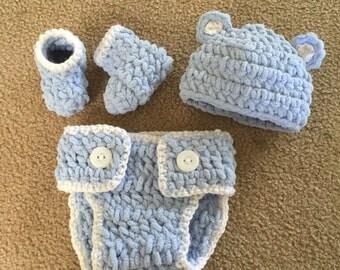 Crochet Baby Set- hat, booties, diaper cover