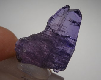 Raw TANZANITE Crystal (3.8 grams) tanzanite / tanzanite Crystal rough #3,8