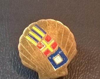 Vintage Flags Shell Pin **FREE SHIPPING**