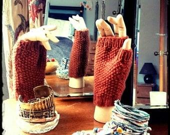 Moss Stitch Fingerless Gloves Pattern