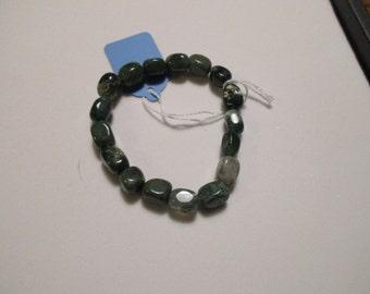 Shiny Jade color stretch bracelet (I5)