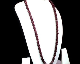 Most Exclusive Ever 410.00 cts Natural Untreated Red Garnet Beads Necklace for Sale