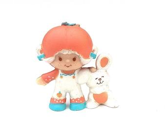 Apricot with Hopsalot   Strawberry Shortcake Plastic Figurine   Vintage 1980s PVC Strawberryland Miniatures   Retro Kenner Toy  