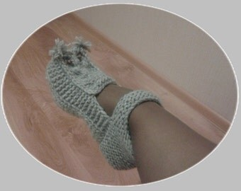 Knitted slippers pattern ,warm slippers, knit wool slippers, women slippers, home slippers