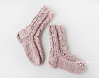 Knitted wool socks Hand knit socks Knitted womens socks Lace socks Ladies socks Wool lace socks Winter socks