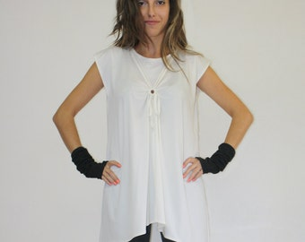 White tunic / Short sleeve tunic / Loose top asymmetric top / Casual top