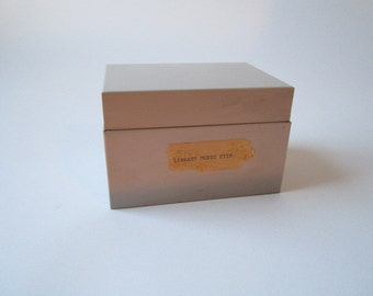 Tan Industrial Storage Bin Card Catalog Vintage Retro Metal File Recipe Hobby Craft Box Library Beige Office Kitchen Photos Keepsake Save