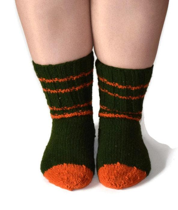dark green knitted wool socks sleeping socks warm winter. Black Bedroom Furniture Sets. Home Design Ideas