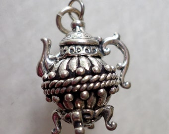 Sterling Silver Detailed Tea Pot Pendant Charm.