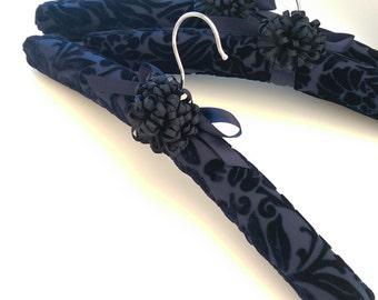Padded Hanger Covered in Navy Silk Velvet, No Slip Hanger, Gift for Her, Closet Accessory, Navy Burn-Out Velvet