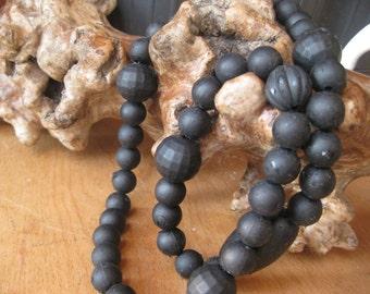 Old at the age of 100 necklace old plastic necklace big mega black Facetirte Lucite necklace vintage black