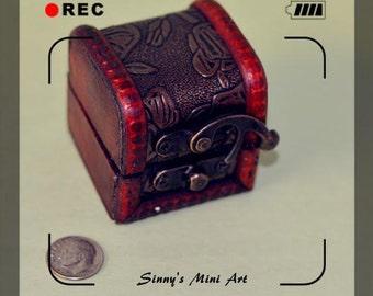 1:12 Dollhouse Miniature Trunk / Miniature furniture/ Miniature Chest BD N044