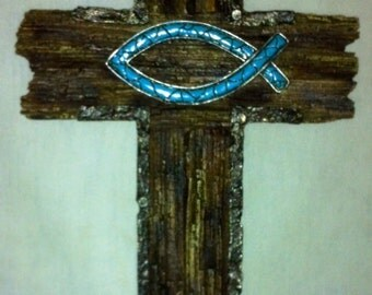 Cross Wall Hanging Turquoise Fish C60218
